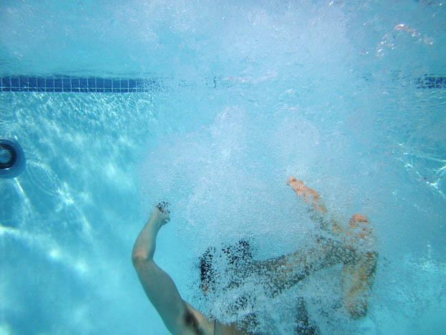 rafael rozendaal under water